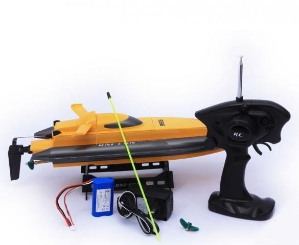 катер на радиуоуправлении Q955 пульт